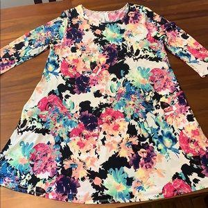 NWOT women's pocket dress size large